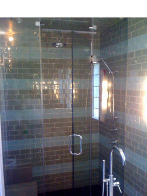 Steam Shower Enclosure with Transom