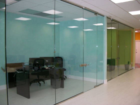 Avery Glass And Mirror In Miami Florida