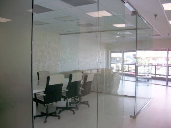 Tempered glass office partition 6